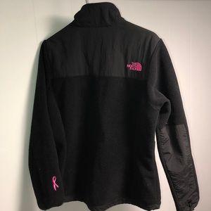 The North Face Women's Denali 2 Jacket Pink Logo
